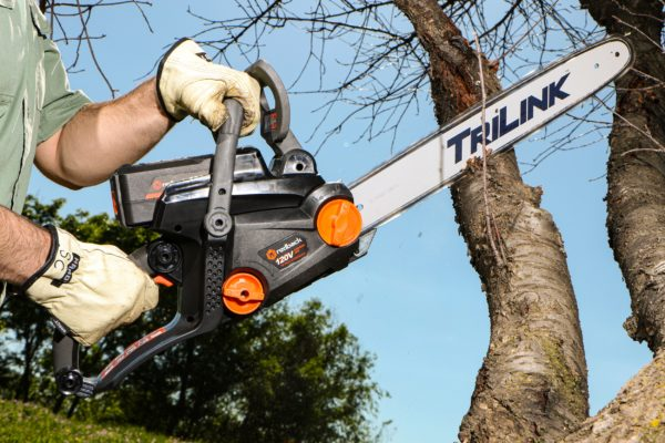 Lithium Ion Chain Saw