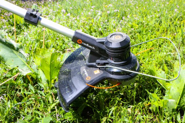 120V cordless string trimmer